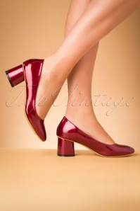 60s The Modernist Patent Pumps in Burgundy