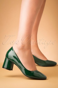60s The Modernist Patent Pumps in Green