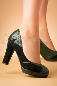 50s Bloom At Night Pumps in Green