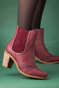 Banned Retro 70s Betty Does Country Chelsea Boots in Burgundy