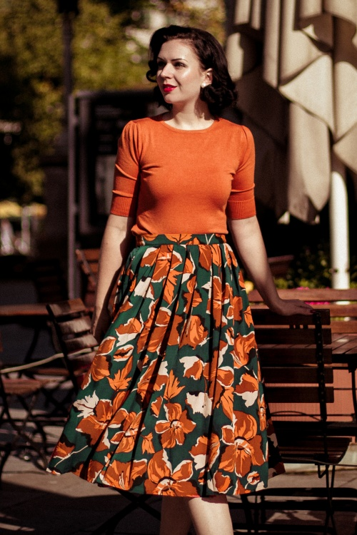Banned 30613 Dreamy Days Skirt in Green Collectif 29798 Chrissie Knitted Top in Orange 20190911 020L