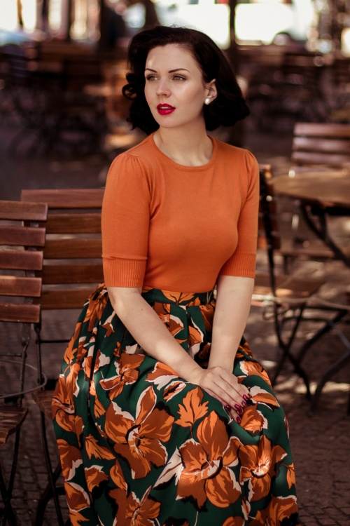 Banned 30613 Dreamy Days Skirt in Green Collectif 29798 Chrissie Knitted Top in Orange 20190911 021L