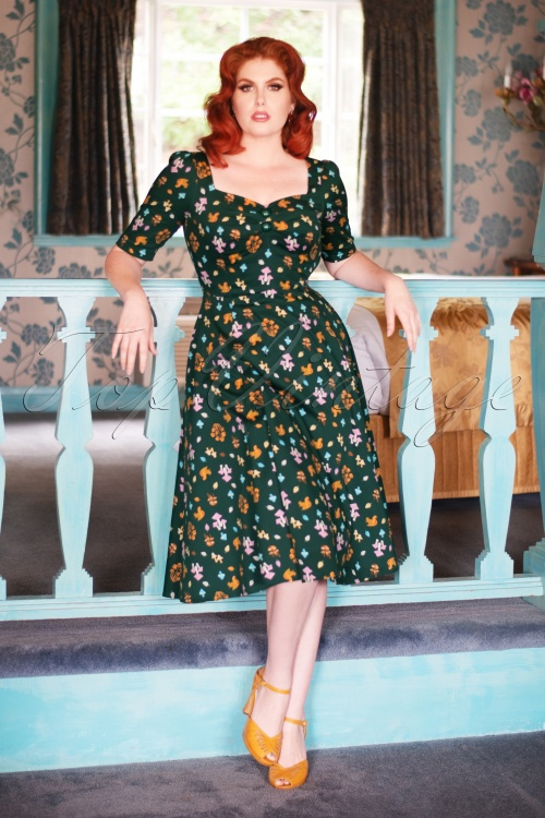 Collectif TV 30824 Swingdress Green Mushroom Half Sleeve Dolores 13 1843W