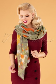 70s Autumn Chums Scarf in Pale Green