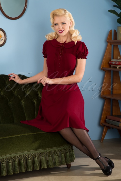 Collectif 29850 Red Dress Burgundy 40s 20190611 001 W