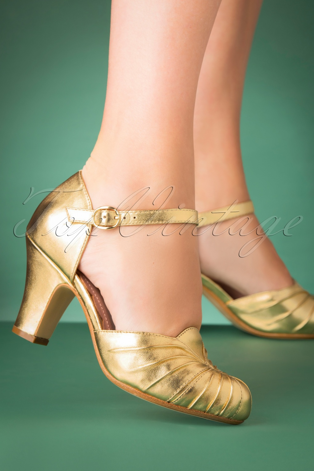 Vintage Style Shoes, Vintage Inspired Shoes 40s Amber Leather Mary Jane Pumps in Gold £149.86 AT vintagedancer.com