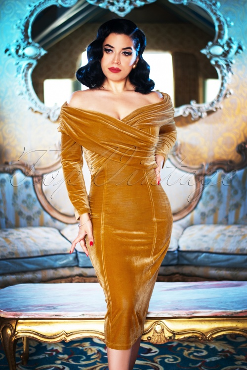 Collectif TV 30813 Pencildress Pencildress Gold Velvet Hollie 19 1254W