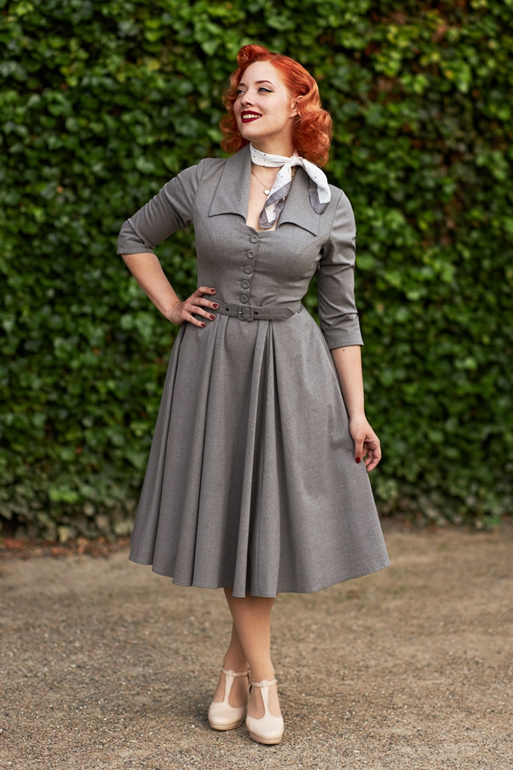 1950s Housewife Dress   50s Day Dresses 50s Leontine Swing Dress in Grey £97.91 AT vintagedancer.com