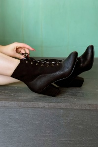 40s Haku Ankle Booties in Black