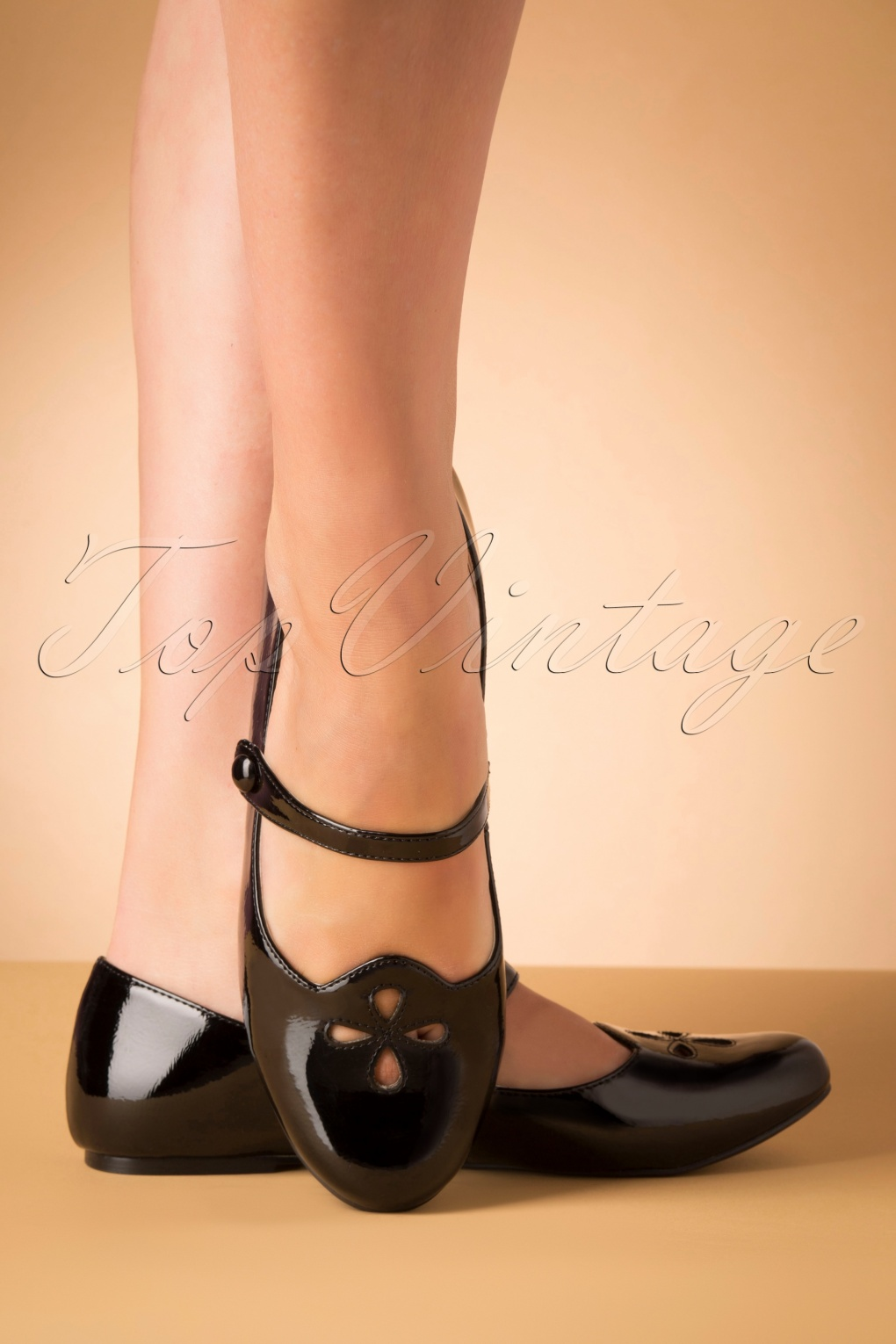 Vintage Style Shoes, Vintage Inspired Shoes 60s Elizabeth Mary Jane Patent Flats in Black £57.90 AT vintagedancer.com