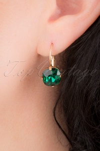 50s Cushion Cut Stone Earrings in Emerald Green