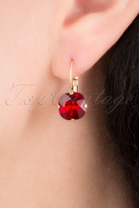 Cushion Cut Stone Earrings Années 50 en Rouge Rubis