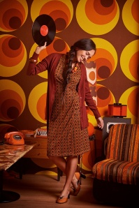 Traffic People 29795 Its a Wrap Dress in Green and Orange Smashed Lemon 30215 Cory Cardigan in Rust Red 20191023 020L
