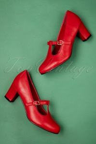 60s Giselle T-Strap Pumps in Red