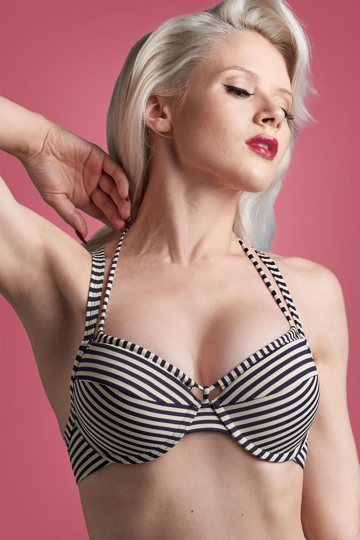 Holi Vintage Balcony Bikini Top Années 50 en Bleu et Écru