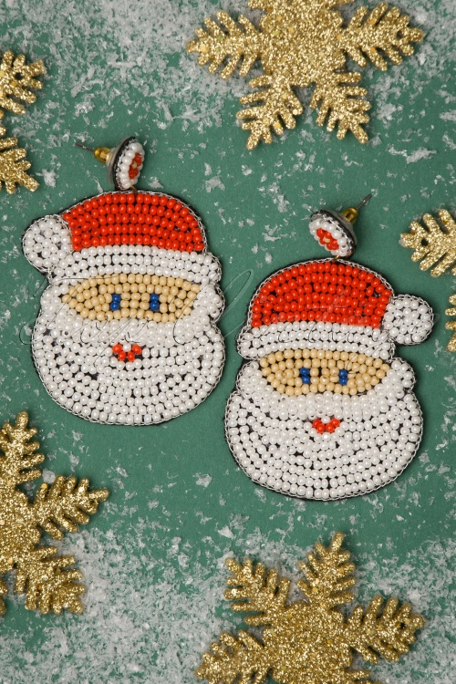 Darling Divine 31356 Earrings Santa Red White Beads 20191108 003 W