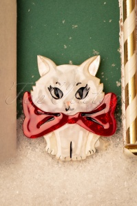 Erstwilder 60s Wrapped Up In Love Kitten Brooch