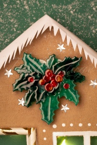 TopVintage exclusive ~ 60s Holly Jolly Brooch
