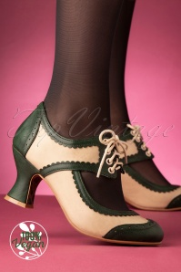 Bettie Page Shoes 50s Nina Pumps in Green and Cream