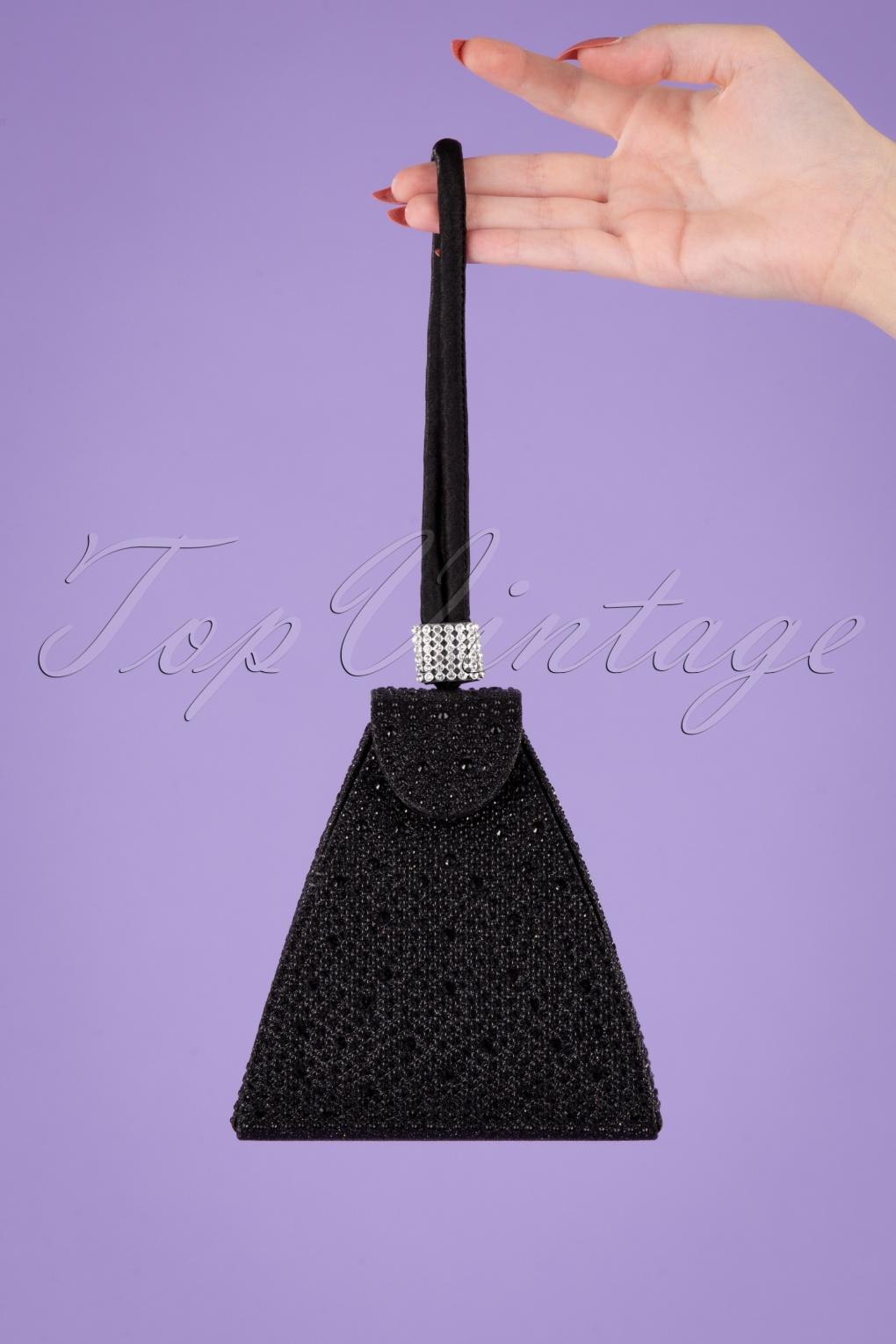 1950s Handbags, Purses, and Evening Bag Styles 50s Own The Night Party Clutch in Black £31.07 AT vintagedancer.com