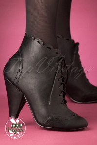 Bettie Page 30985 Black Heels Bootie 20191010 005 W