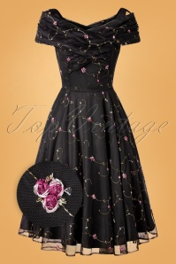 Collectif 29920 Swingdress Black Dorothy Roses 20191205 005Z