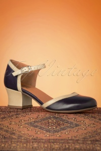 Miz Mooz 60s Fleet Leather Pumps in Navy and Beige