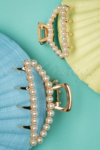 Darling Divine 33424 Hairclip Pearls White Gold 200120 015 W