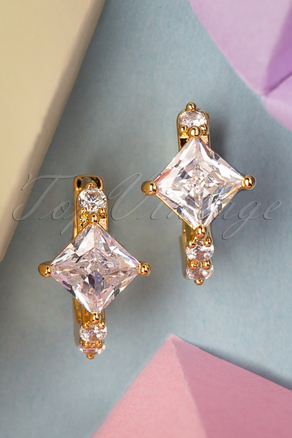 Vintage Style Jewelry, Retro Jewelry 50s Crystal Stone Earrings in Gold £8.24 AT vintagedancer.com