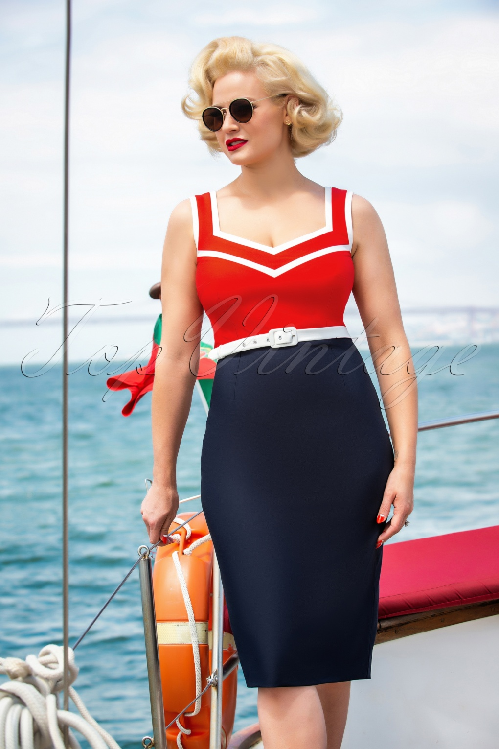 500 Vintage Style Dresses for Sale | Vintage Inspired Dresses 50s Barbara Pencil Dress in Red and Navy £100.85 AT vintagedancer.com