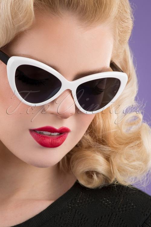 Darling Divine 33426 Boss Babe Sunglasses Black White 200123 002 W