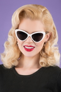 Darling Divine 33426 Boss Babe Sunglasses Black White 200123 001 W