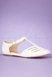 Bait Footwear 33457 Edie White Flats Tstrap 200205 008 W