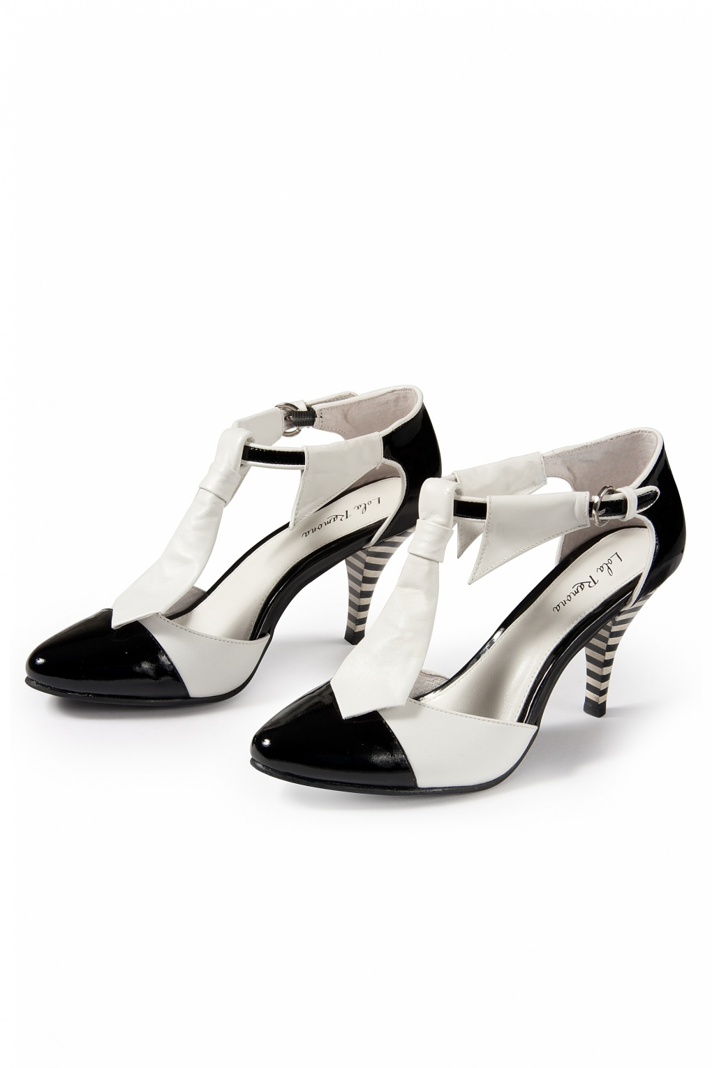 5620dbd21e83 Stiletto White Tie pumps