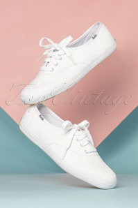 Champion Daisy Embroidered Sneakers Années 50 en Blanc