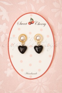Sweet Cherry Pearl Heart Earrings Années 50 en Noir et Doré