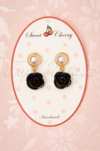 Sweet Cherry 50s Pearl Rose Earrings in Black and Gold