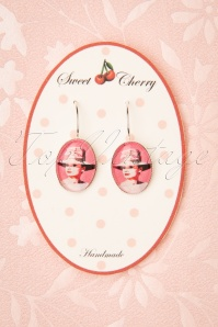 Sweet Cherry Audrey Portrait Drop Earrings Années 50 en Rose