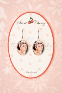 Sweet Cherry Audrey Portrait Drop Earrings Années 50