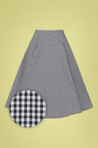 Hearts & Roses 50s Gary Gingham Swing Skirt in Black and White