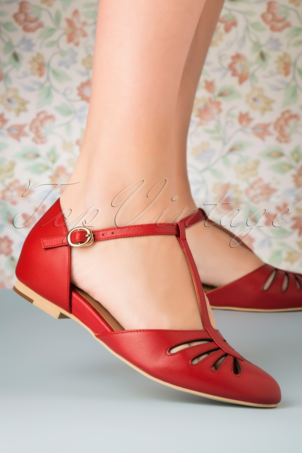 50s Dresses UK | 1950s Dresses, Shoes & Clothing Shops 50s Singapore T-Strap Flats in Red £104.12 AT vintagedancer.com