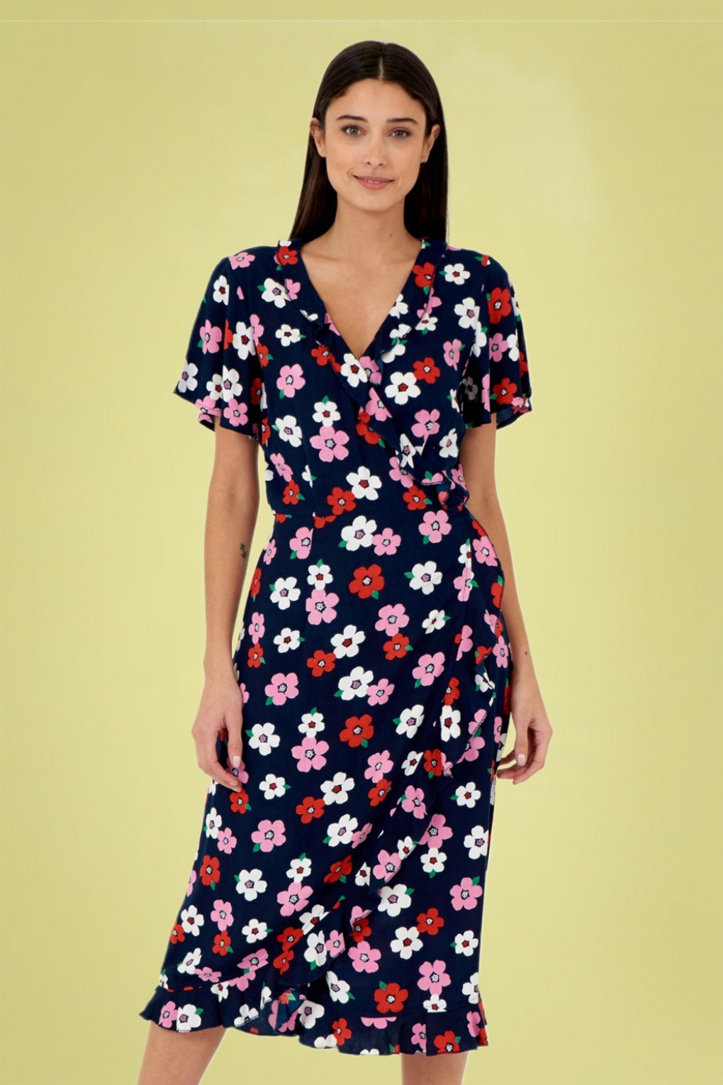 500 Vintage Style Dresses for Sale | Vintage Inspired Dresses 70s Jenny Pretty Floral Dress in Navy £65.76 AT vintagedancer.com