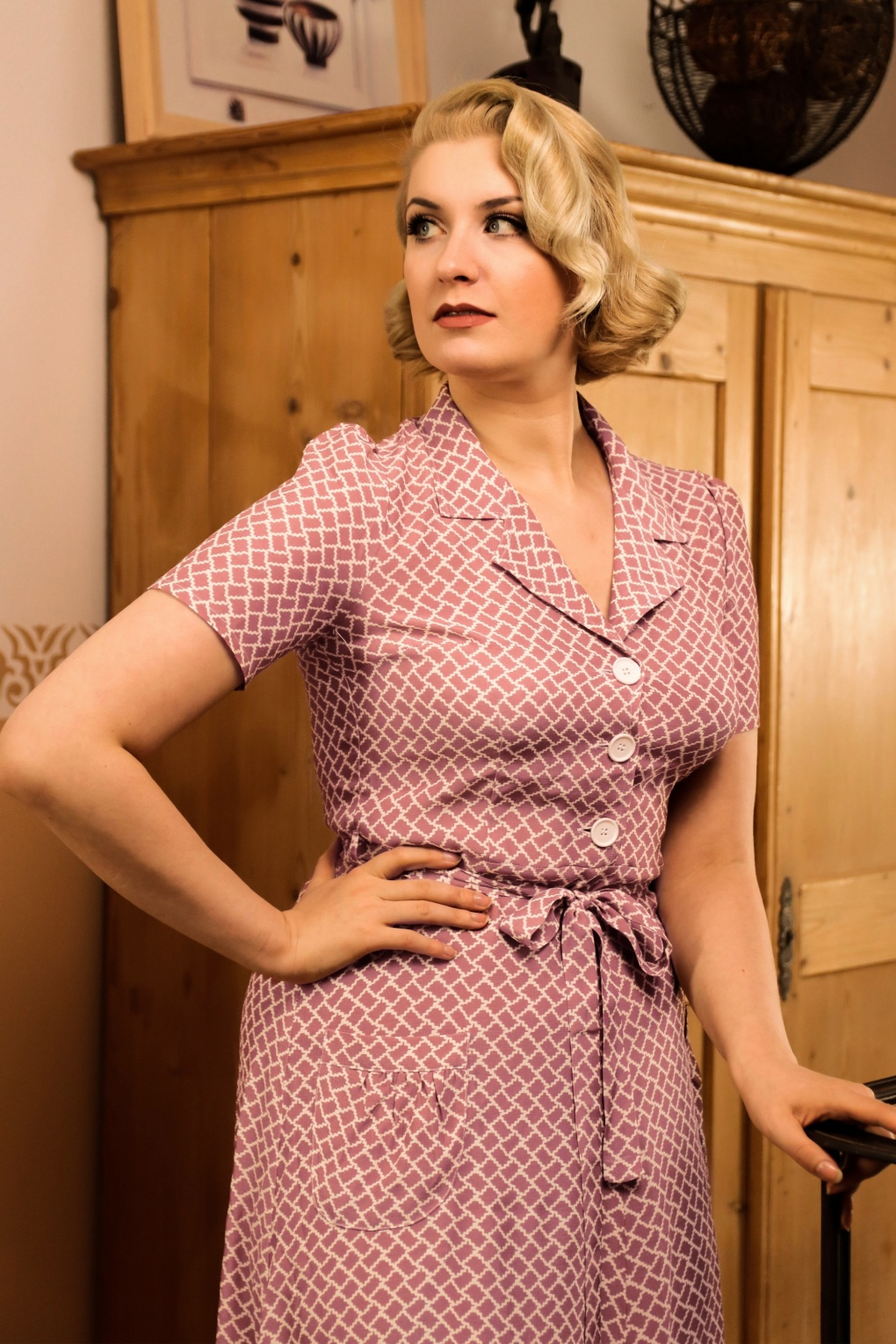 500 Vintage Style Dresses for Sale | Vintage Inspired Dresses 40s Rumba Revers Midi Dress in Dusty Pink £120.20 AT vintagedancer.com