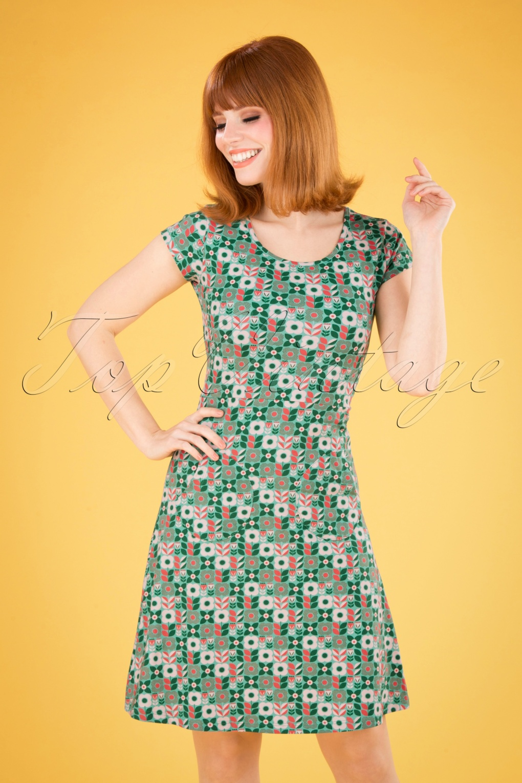 60s Dresses | 1960s Dresses Mod, Mini, Hippie 60s Asta Vindsnurra Dress in Green and Cream £78.14 AT vintagedancer.com