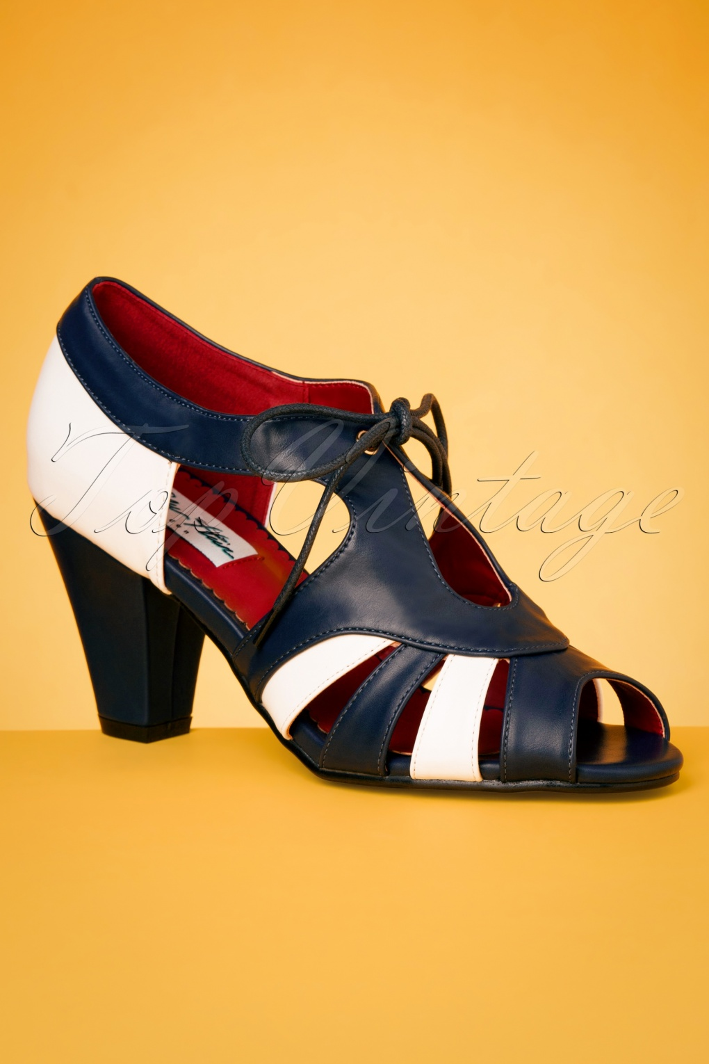 1930s Style Shoes – Art Deco Shoes 30s Manila Pumps in Navy and White £44.39 AT vintagedancer.com