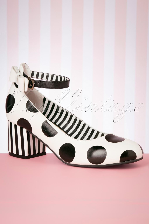 60s Shoes, Boots 60s Eve Fester Block Heel Pumps in Cream and Black £131.29 AT vintagedancer.com