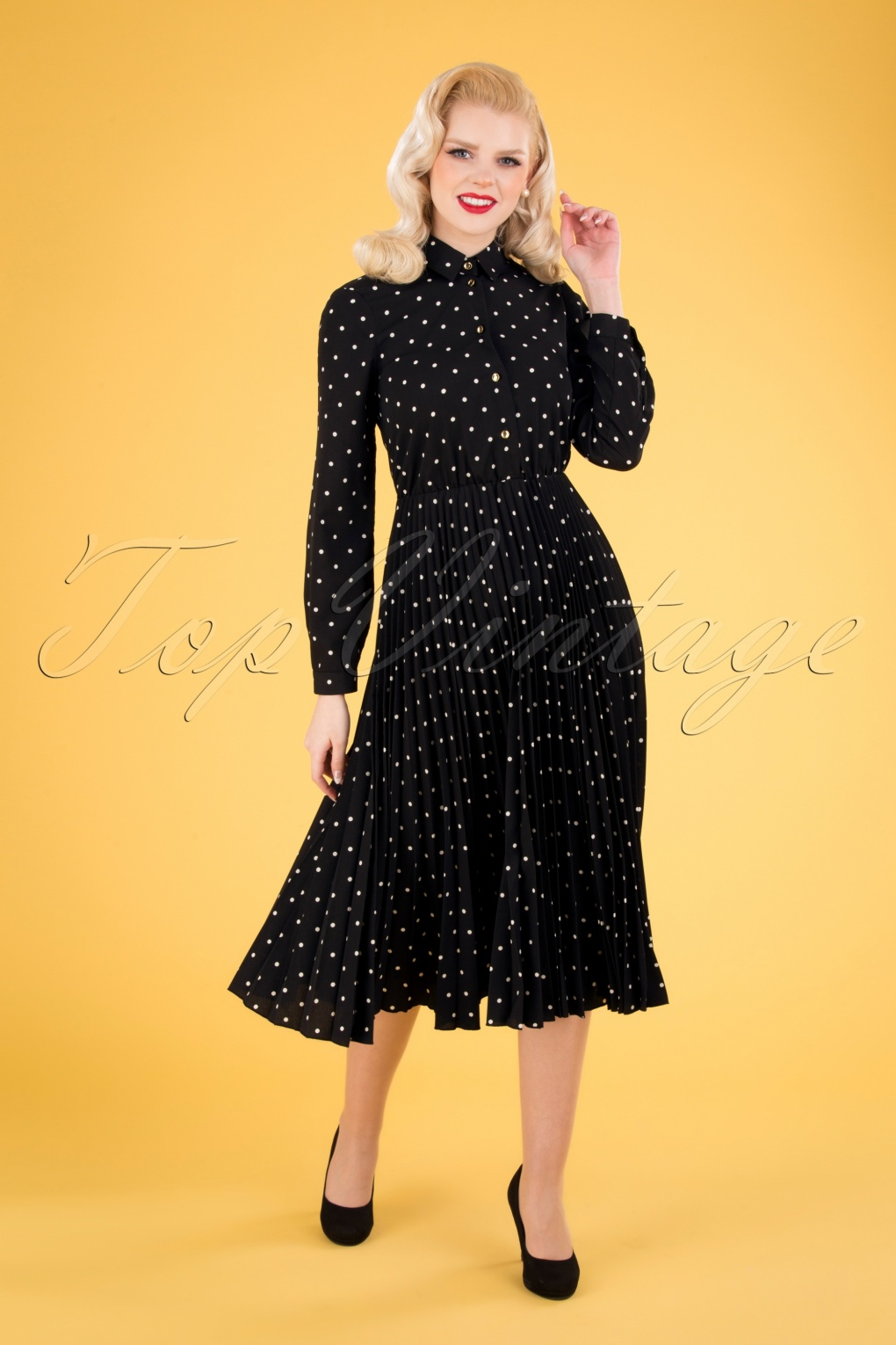 1950s Dresses, 50s Dresses | 1950s Style Dresses 50s Penelope Polkadot Pleated Shirt Dress in Black £95.06 AT vintagedancer.com