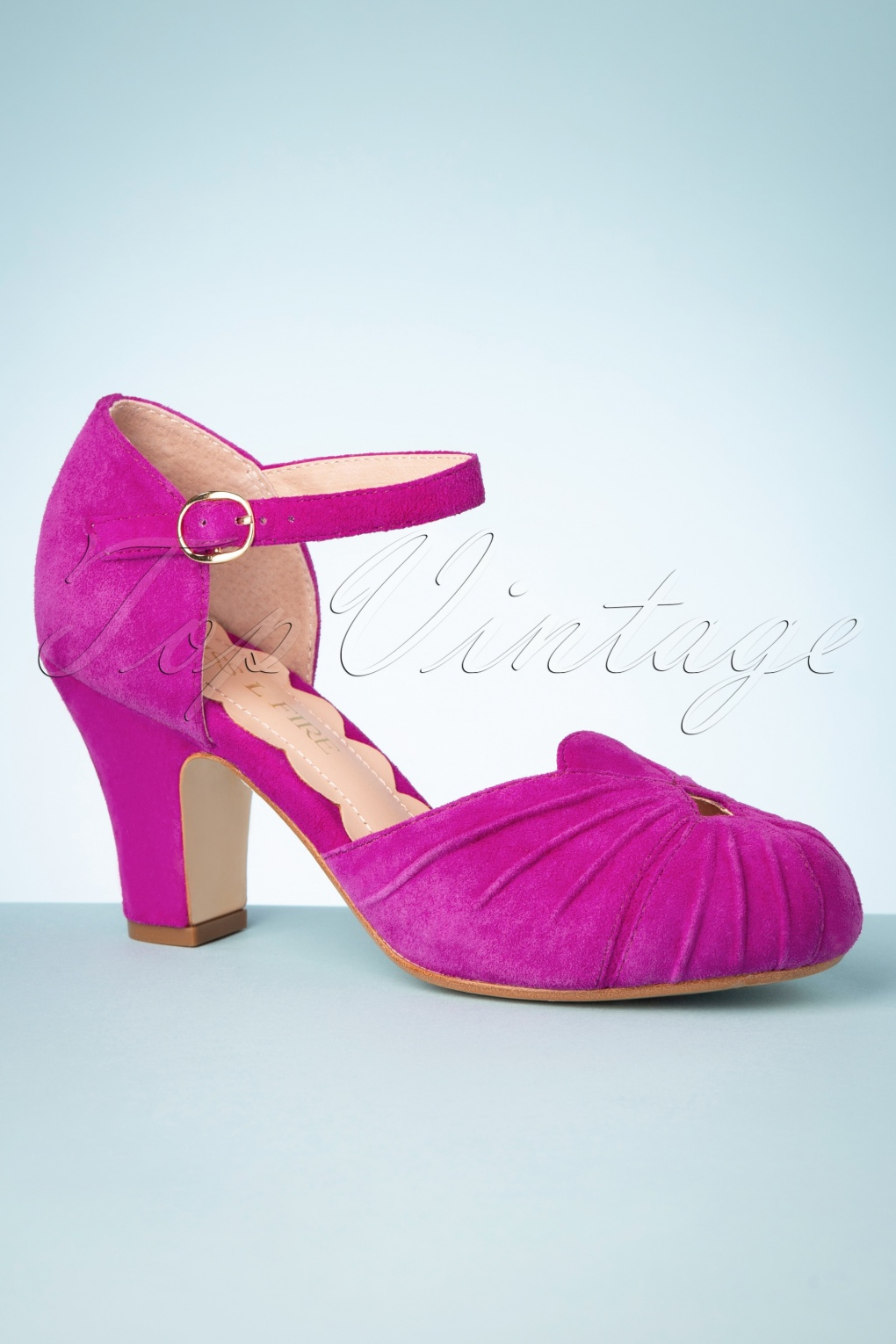 Pin Up Shoes- Heels, Pumps & Flats 40s Amber Mary Jane Pumps in Magenta £126.77 AT vintagedancer.com