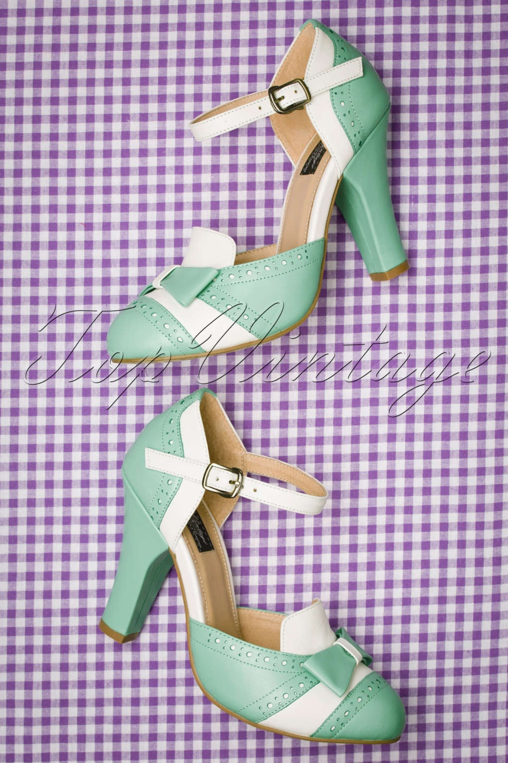 Pin Up Shoes- Heels, Pumps & Flats 50s June Gelato Pumps in Off White and Mint £112.62 AT vintagedancer.com