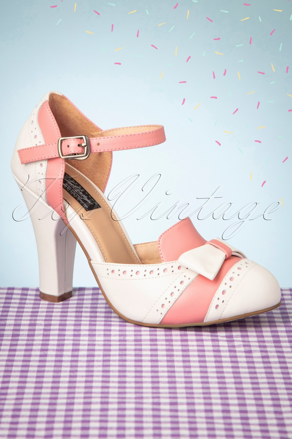 Pin Up Shoes- Heels, Pumps & Flats 50s June Gelato Pumps in Off White and Pink £112.62 AT vintagedancer.com